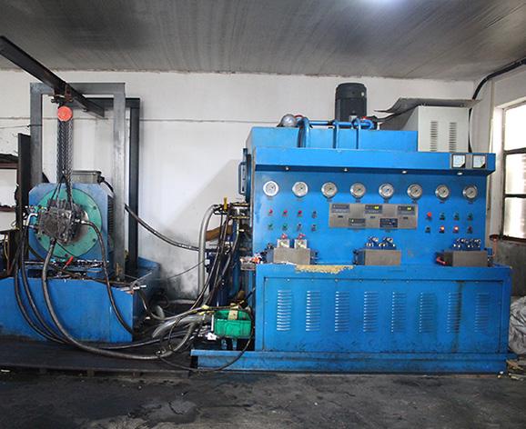 液压试验台